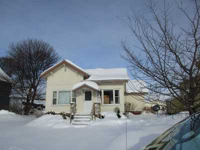 Munising Single Family Home For Sale: 123 E Onota St