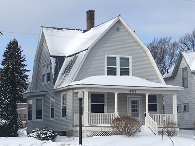 Marquette Single Family Home Pending w/Contingency: 407 N Third St