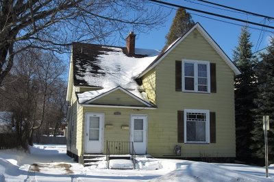 Marquette Multi Family Home Pending w/Contingency: 1015/1017 N Fourth St