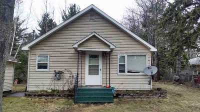 Marquette Single Family Home Pending w/Contingency: 1950 Wright St