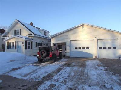 Negaunee Single Family Home Pending w/Contingency: 629 Mitchell