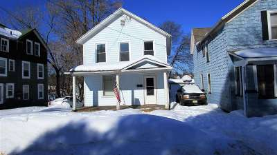 Marquette Single Family Home Pending w/Contingency: 508 W Baraga Ave