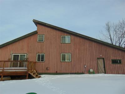 Marquette County Single Family Home New: 150 Kreiger Dr