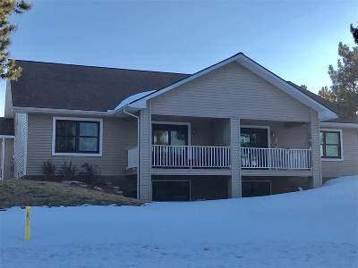 Marquette Single Family Home Pending w/Contingency: 2 Red Fox Tr