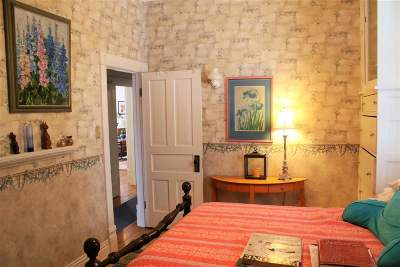Ishpeming Single Family Home For Sale: 117 W Ridge