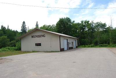 Munising Commercial For Sale: E9051 E M28 #Lat/Lon: