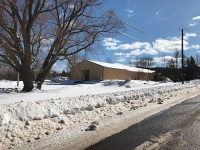 Negaunee Commercial Pending w/Contingency: 321 Gold