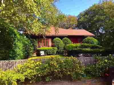 Marquette Single Family Home For Sale: 450 E Ohio St