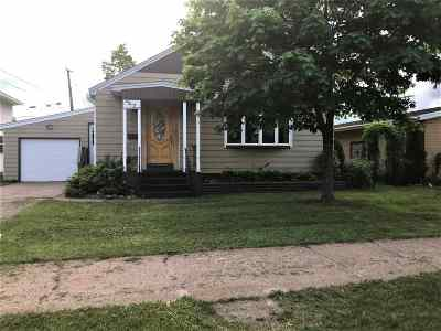 Negaunee Single Family Home For Sale: 923 Hungerford Ave