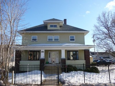 Ishpeming Single Family Home Pending w/Contingency: 306 E Division St