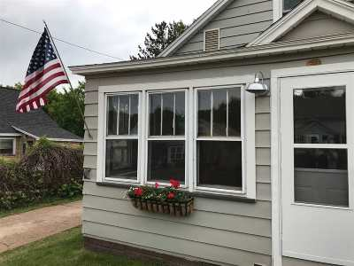 Negaunee Single Family Home For Sale: 445 Gold