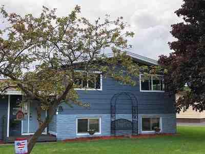 Ishpeming Single Family Home Pending w/Contingency: 985 Wabash St