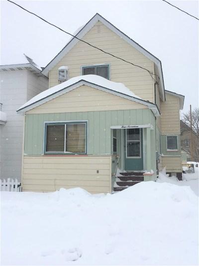 Ishpeming Single Family Home For Sale: 417 E Ely