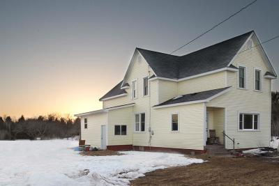 Marquette County Single Family Home Pending w/Contingency: 186 Townline Rd