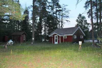 Munising Single Family Home For Sale: N2538 Paquette Lake Rd