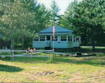 Munising Single Family Home For Sale: N3499 Rapid River Truck Tr