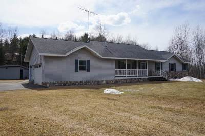 Negaunee Single Family Home Pending w/Contingency: 149 Airport Circle Dr