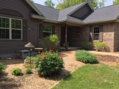 Marquette Single Family Home For Sale: 145 Bishop Woods Rd