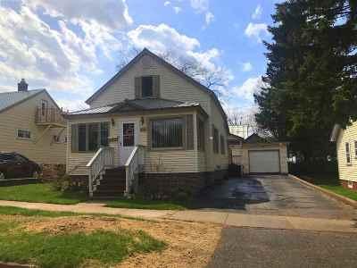 Negaunee Single Family Home Pending w/Contingency: 414 Bay De Noc