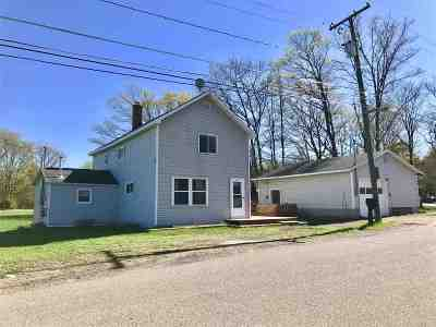 Negaunee Single Family Home Pending w/Contingency: 141 Cambria Rd
