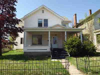 Negaunee Single Family Home Pending w/Contingency: 111 E Main St