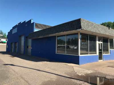 Marquette Commercial Pending w/Contingency: 2182/2192 W Us41
