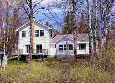 Negaunee Single Family Home Pending w/Contingency: 129 Lake Breeze Ln