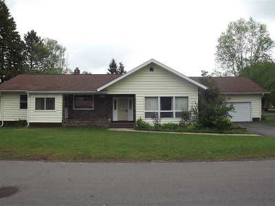 Gwinn Single Family Home Pending w/Contingency: 136 N Maple St