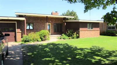 Marquette Single Family Home Pending w/Contingency: 3060 Island Beach Rd