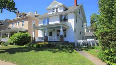 Marquette Single Family Home Pending w/Contingency: 729 Pine St