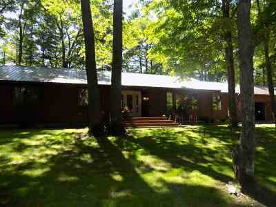 Marquette Single Family Home Pending w/Contingency: 1003 Co Rd 480
