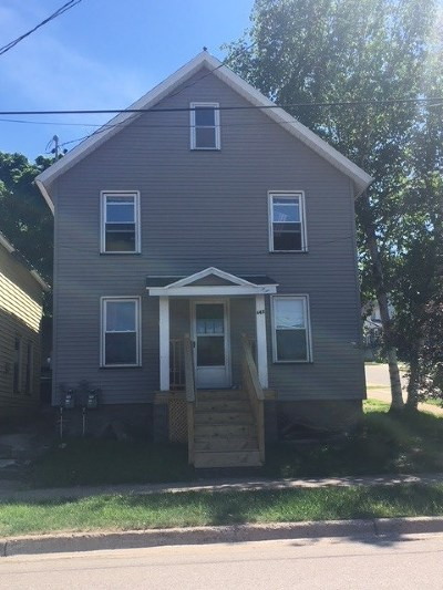 Marquette Multi Family Home Pending w/Contingency: 443/445 Spring St