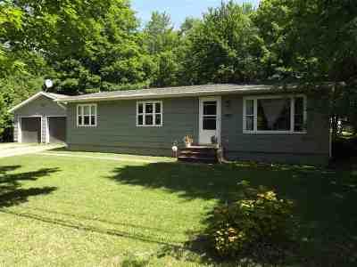 Ishpeming Single Family Home For Sale: 1292 Cooper Lake Rd