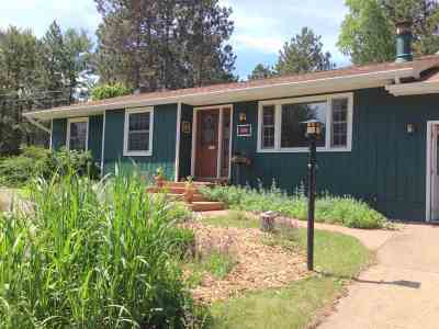 Marquette Single Family Home For Sale: 140 Timberlane