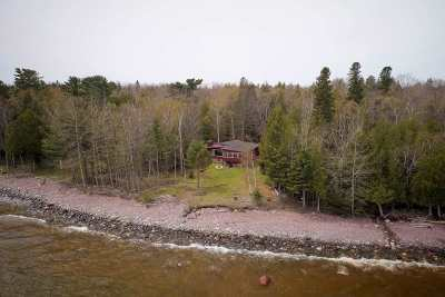 Marquette Single Family Home Pending w/Contingency: 218 Eagles Nest Rd