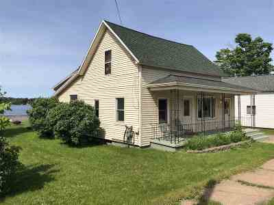 Negaunee Single Family Home Pending w/Contingency: 208 W Water St