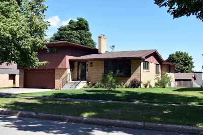 Marquette Single Family Home For Sale: 722 W Kaye Ave