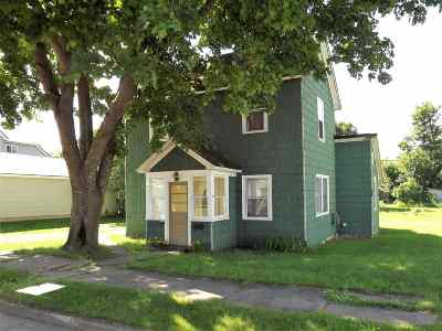 Ishpeming Single Family Home For Sale: 740 Michigan