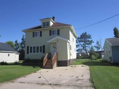 Munising Single Family Home For Sale: 517 E Varnum St