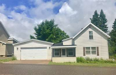 Ishpeming Single Family Home Pending w/Contingency: 168 Saginaw St