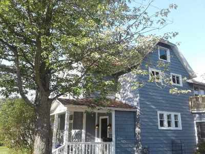 Marquette Single Family Home For Sale: 814 E Pine St