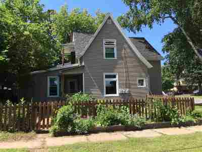 Marquette Multi Family Home Pending w/Contingency: 401 W Michigan St