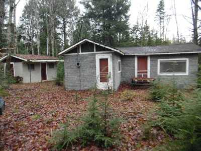Munising Single Family Home For Sale: 937 N Sunset Rd