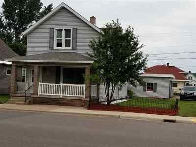 Ishpeming Single Family Home Pending w/Contingency: 1115 Third