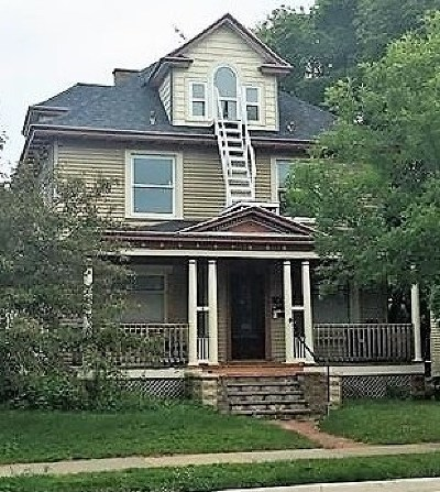 Marquette Multi Family Home For Sale: 724 N Front