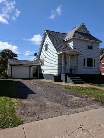 Ishpeming Single Family Home For Sale: 417 W Empire St