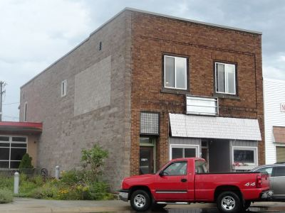 Munising Commercial For Sale: 127 E Superior St