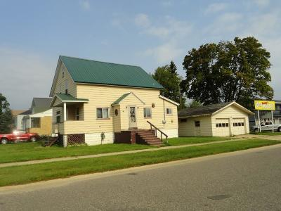 Munising Single Family Home Pending w/Contingency: 331 E Chocolay