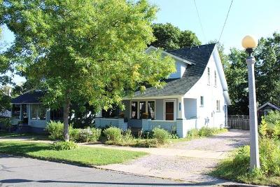 Marquette MI Single Family Home Pending w/Contingency: $154,000
