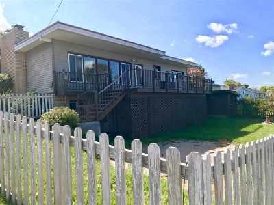 Ishpeming Single Family Home For Sale: 687 Duncan Ave
